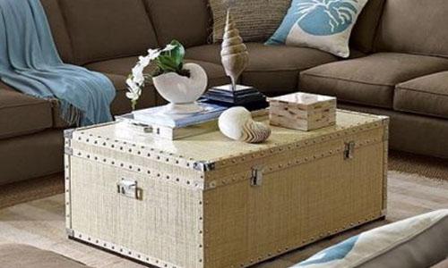 Dale un toque vintage a tu casa con maletas y baúles