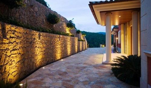 Modos para iluminar exteriores