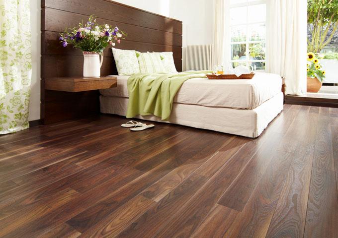 piso del dormitorio